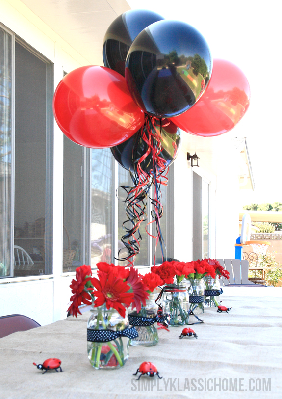 ladybug birthday tabel decor balloons