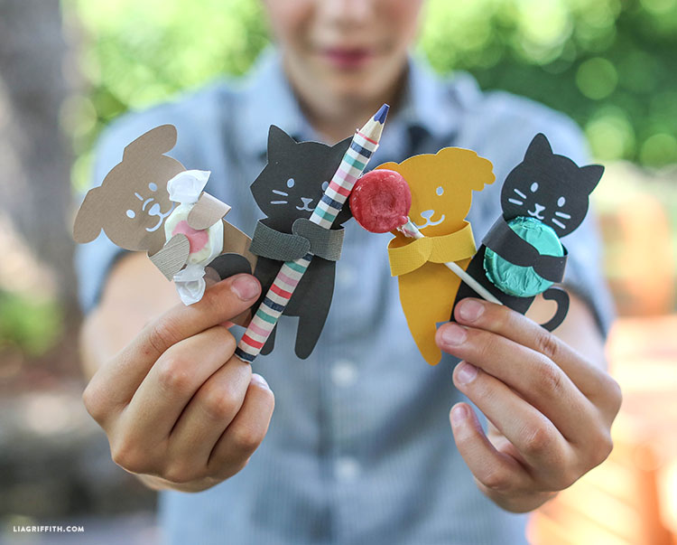 Manualidades con Papel: Decorar Regalos con Animales