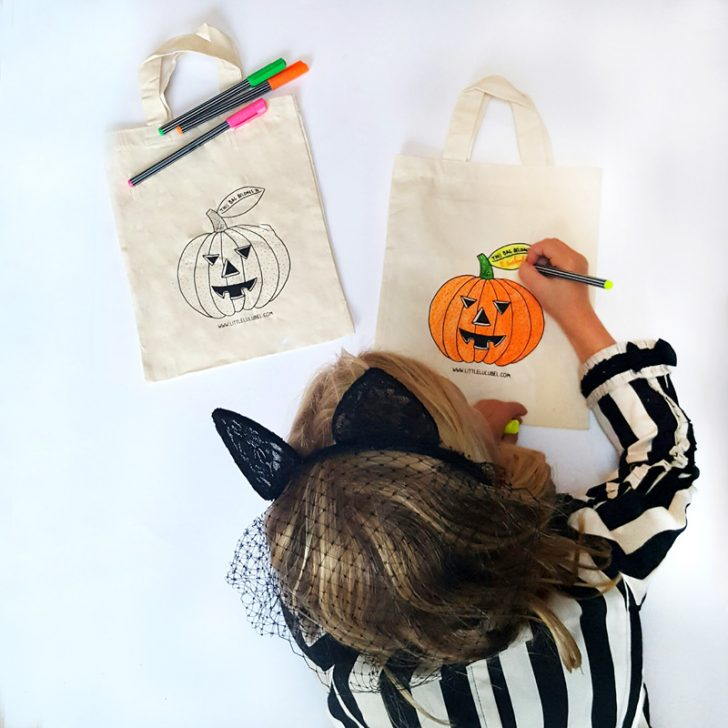 colouringtrickortreatbags-800x800