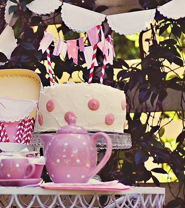 Decoración de cupcakes y tartas con mini banderines