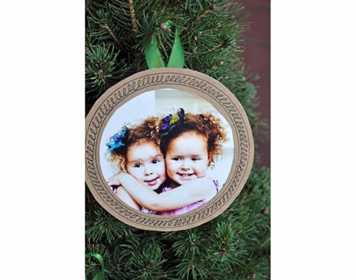 Adorna el árbol de Navidad con fotos