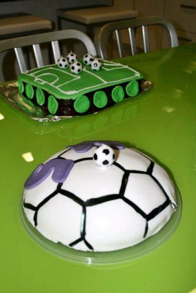 dos tartas para la fiesta fútbol