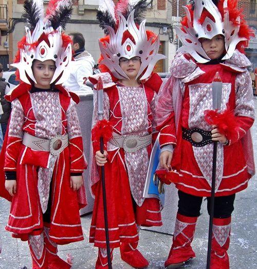 ¡Espectacular disfraz de Carnaval para niños!