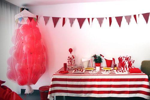 Fiesta de cumpleaños en rojo pasión