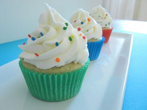 Cupcakes decorados con confetti