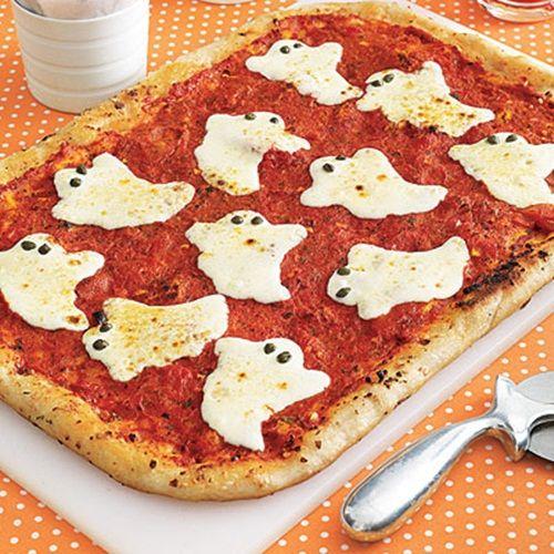¡Celebra Halloween con esta pizza de fantasmas!