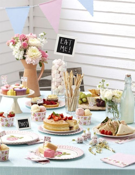 Fiesta 'té de las cinco' para niñas