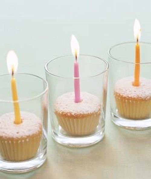 Presentación fácil para cupcakes en vasos y con velas