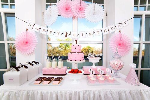 ¡Sensacional mesa para fiesta de primer cumpleaños!