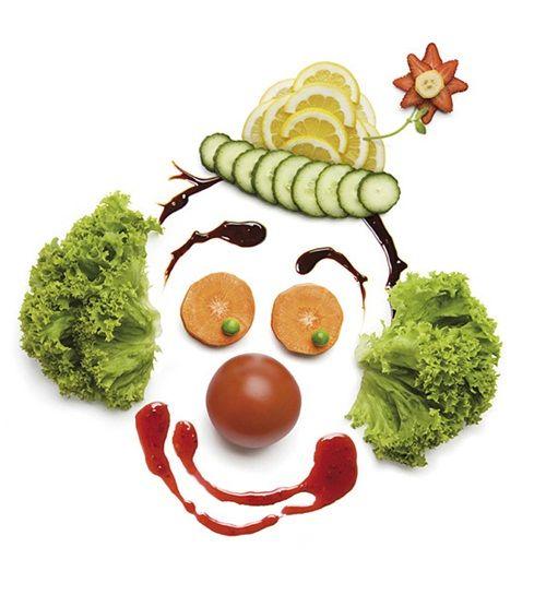 Receta creativa de ensalada en forma de payaso