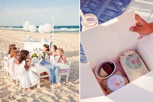 Encantadora fiesta de cumpleaños en la playa Fiestas y Cumples