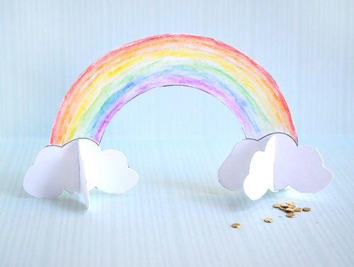 Bonito arcoíris de papel para hacer manualidades con niños