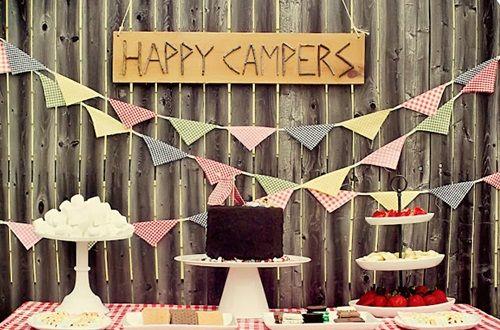 """Fiesta de cumpleaños con temática """"acampada"""""""
