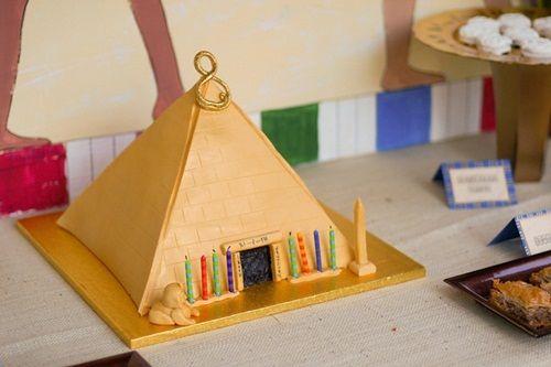 Fiesta infantil temática de egipcios con excavación arqueológica