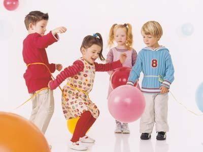 Juegos con globos para fiestas infantiles