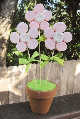 ¡Flores en maceta hechas con chuches!