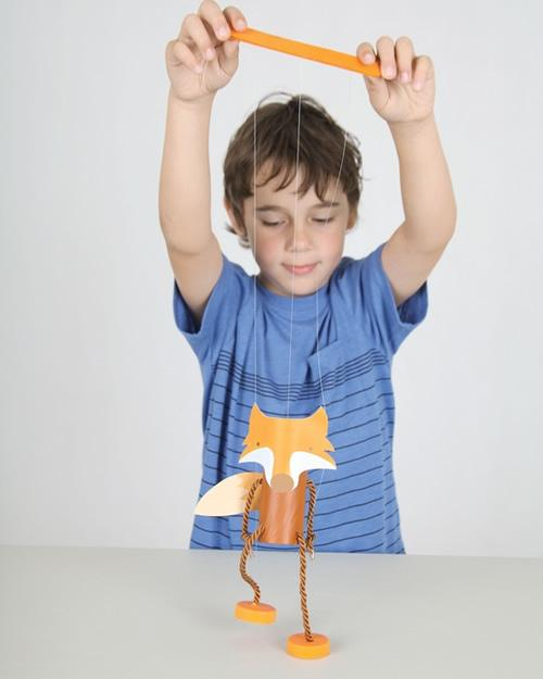 DIY: Marioneta de zorro con objetos reciclados