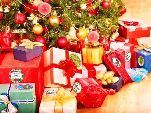 Pegatinas para personalizar regalos en Navidad