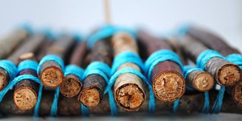 Manualidad con niños barquito de madera2