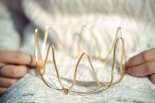 Haz tu corona de princesa con cable de aluminio