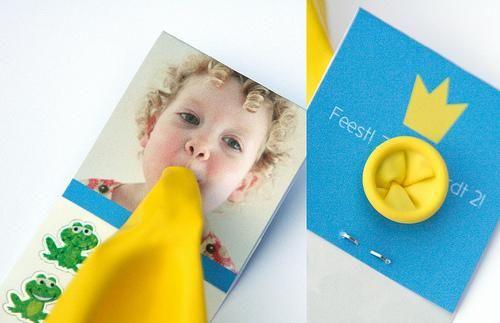 manualidades-niños-invitacion-con-globo1