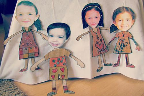 Marionetas de cartón con la cara de tus peques