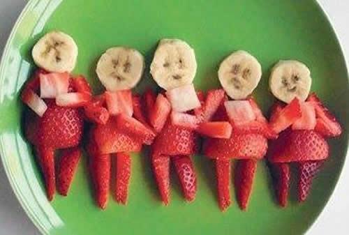 ¿Y de postre? Buenísimo coro de fresas y plátanos