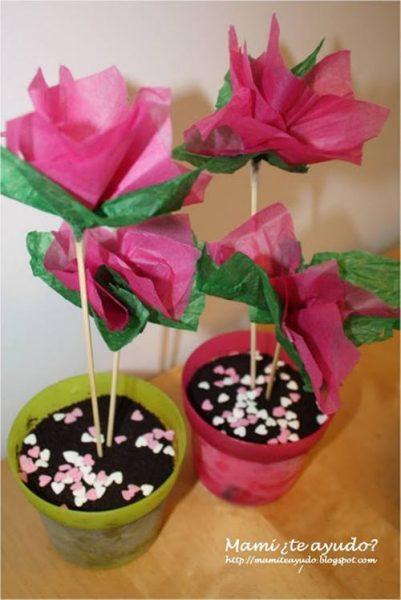 Manualidades con niños: cómo hacer flores fáciles de papel de seda