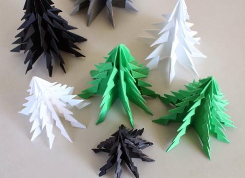 Árboles de Navidad con la técnica de orgami