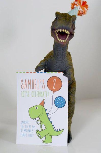 Fiesta original y divertida de dinosaurios gamberros