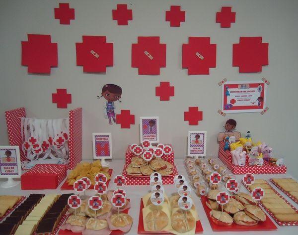 """Fiestas de Cumpleaños """"Doctora Juguetes"""" para pequeños médicos y enfermeras"""