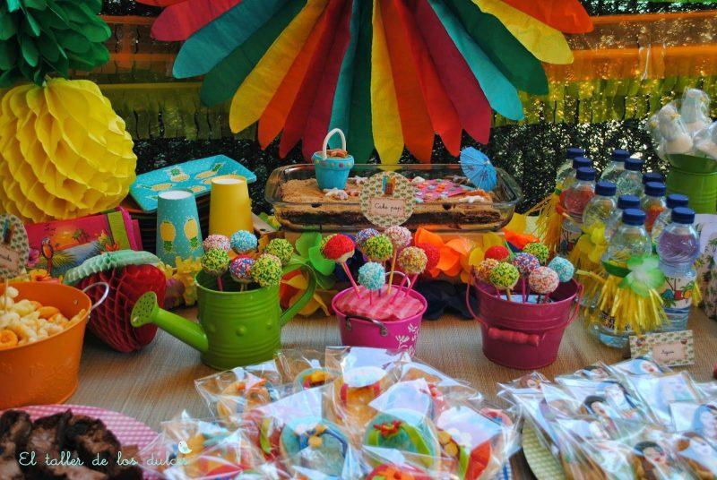 Fiesta hawaiana para combatir los calores del verano