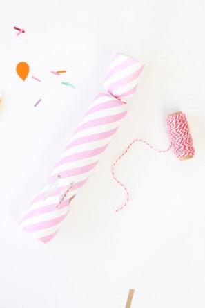 como hacer lanzador de confeti (4)