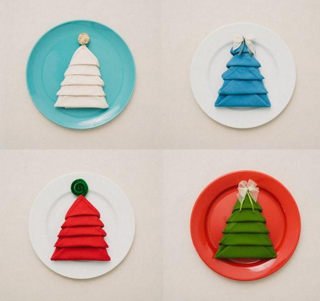 Decoración Navidad: doblar una servilleta en forma de árbol de Navidad