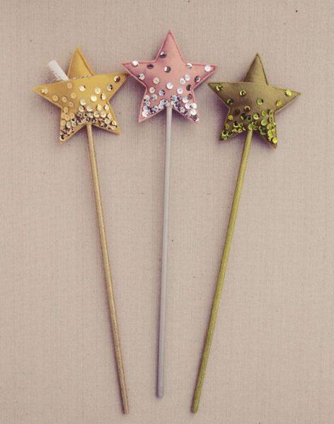 Cómo coser una varita mágica en forma de estrella