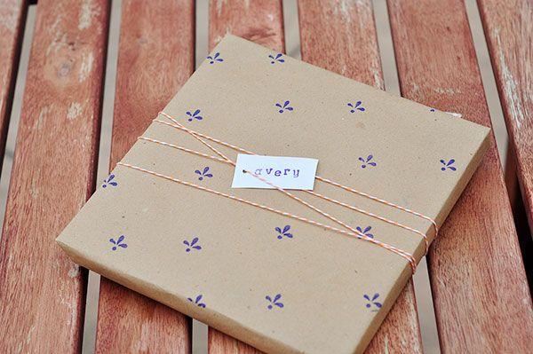 Personaliza el papel de regalo