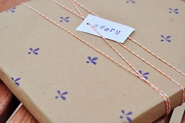 personalizar papel regalo estampar craft sello (2)