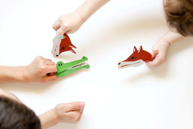 Marionetas con pinzas para niños