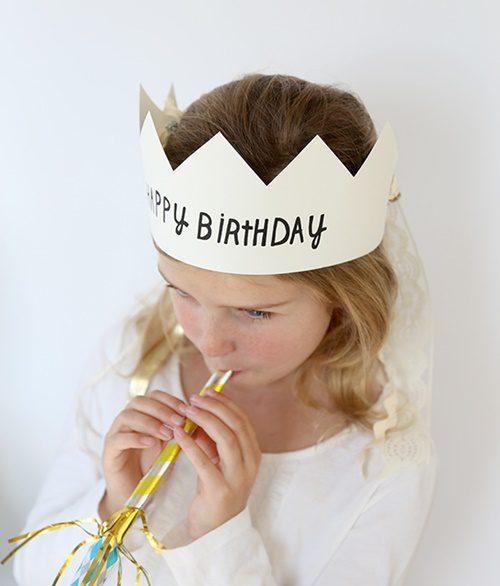 como hacer una corona de cumpleaños