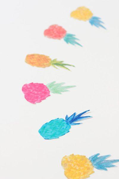 guirnalda piñas colores