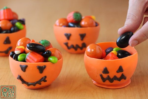 10. cuenco de chocolate para halloween