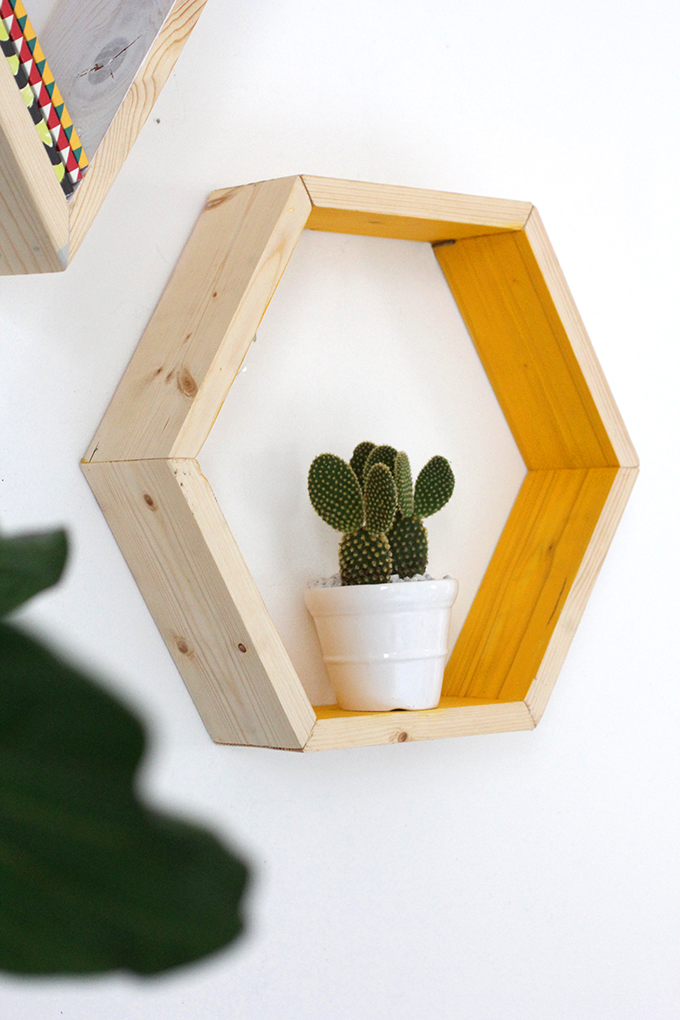 estanteria hexagonal DIY centro de mesa hexagono cactus