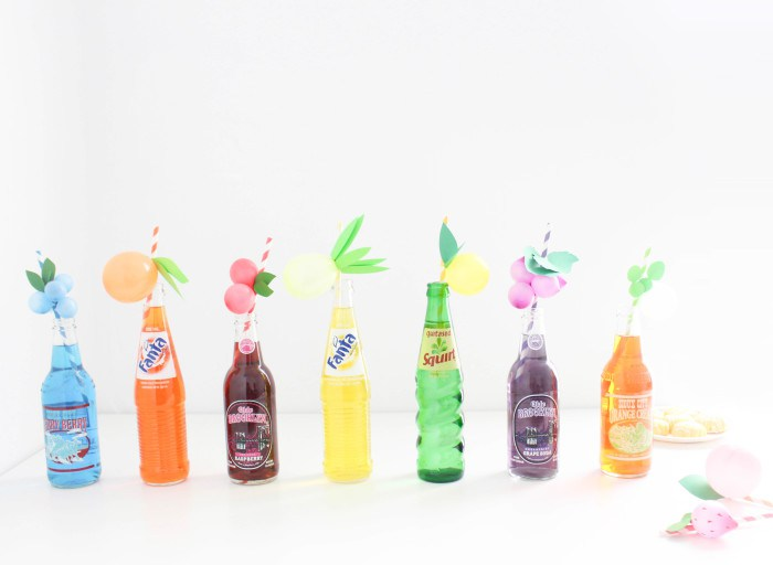 pajitas de frutas con globos
