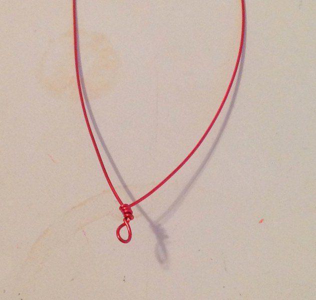 03 collar vintage con carrete de hilo