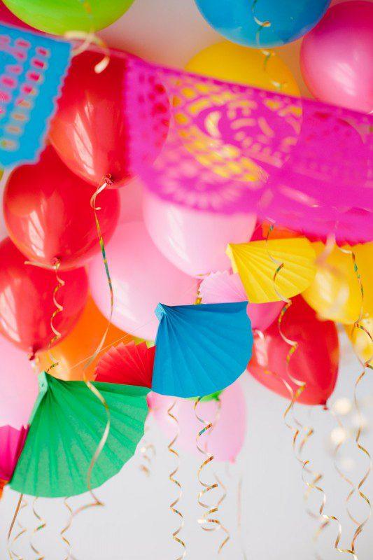 Techo de globos, fiesta divertida para niños con helio