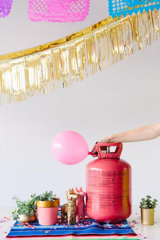 Techo de globos, fiesta divertida para niños con inflador