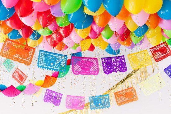 Techo de globos: ¡fiesta muy divertida para los peques!