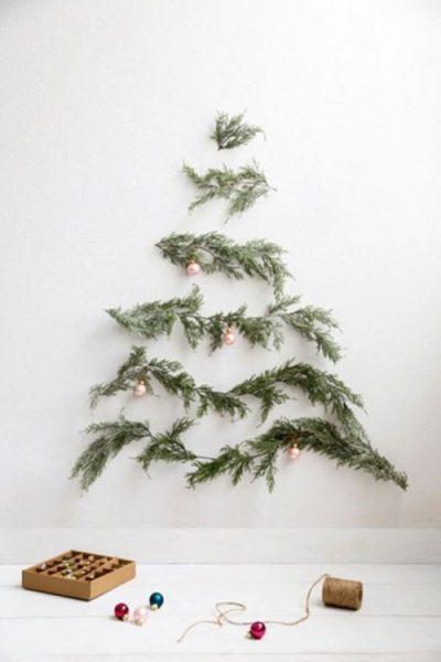 arbol-de-navidad-minimalista-ramas-de-pino-triangulares-400x600