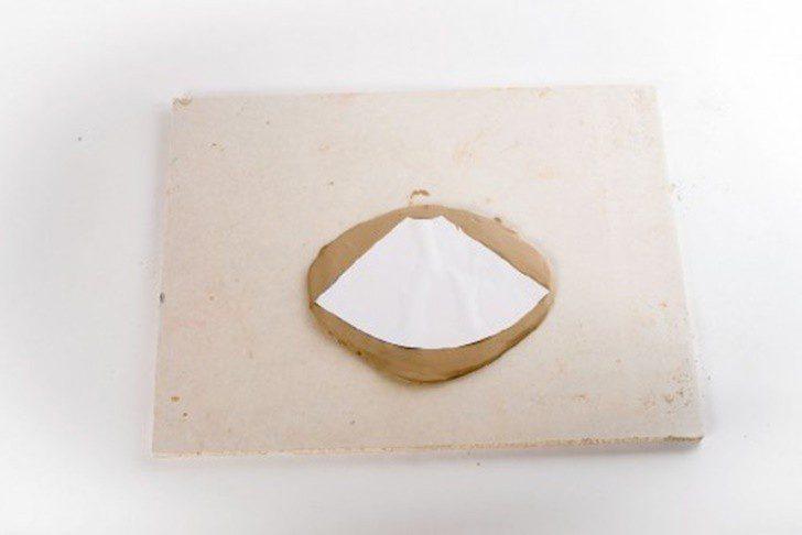 precioso-centro-de-mesa-de-arcilla-DIY-patron-500x334