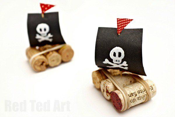 barco pirata con corchos como se hace